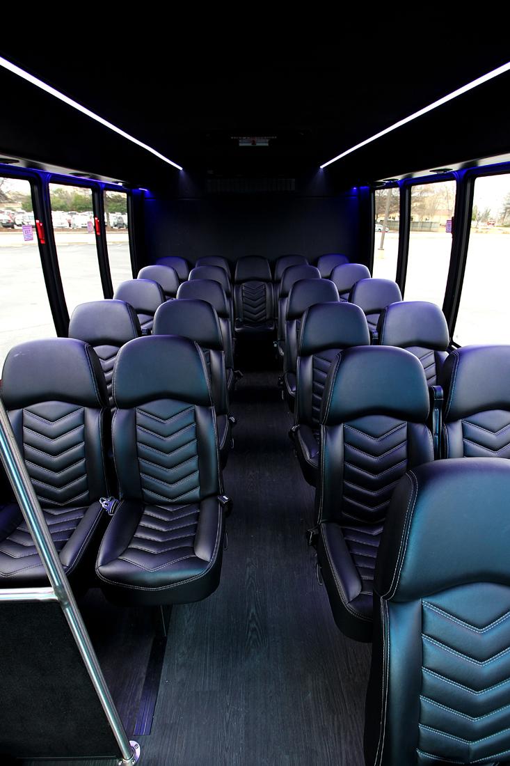 bus-interior06
